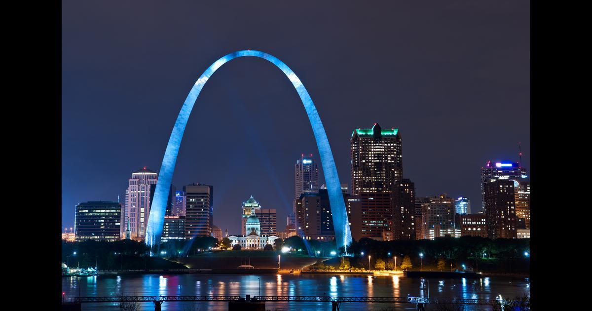 Cheap Flights To Lambert-St Louis Intl